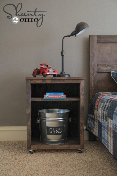 DIY Wooden Nightstand