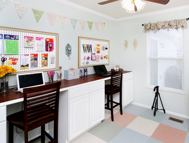 http://diybytiffany.com/wp-content/uploads/2015/02/craft-room-makeover11.jpg