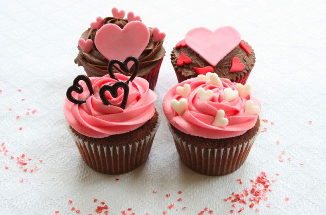 http://diybytiffany.com/wp-content/uploads/2015/02/valentines-day-cupcakes-7-634x4201.jpg