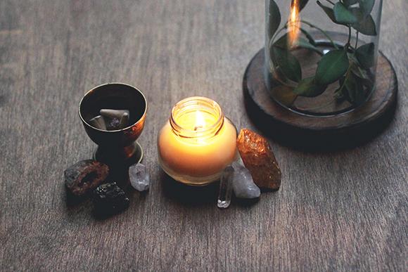 https://diybytiffany.com/wp-content/uploads/2015/02/How-to-Make-Massage-Candles.jpg