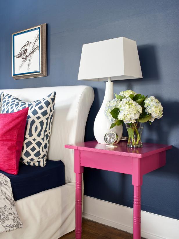 https://diybytiffany.com/wp-content/uploads/2015/02/original_Brian-Flynn-bedroom-nightstand-beauty_s3x4.jpg.rend_.hgtvcom.616.8221.jpeg